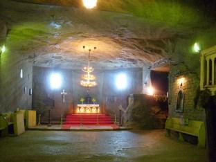 Cacica_salt_mine_chapel01